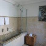 nuit blanche bruges bathroom